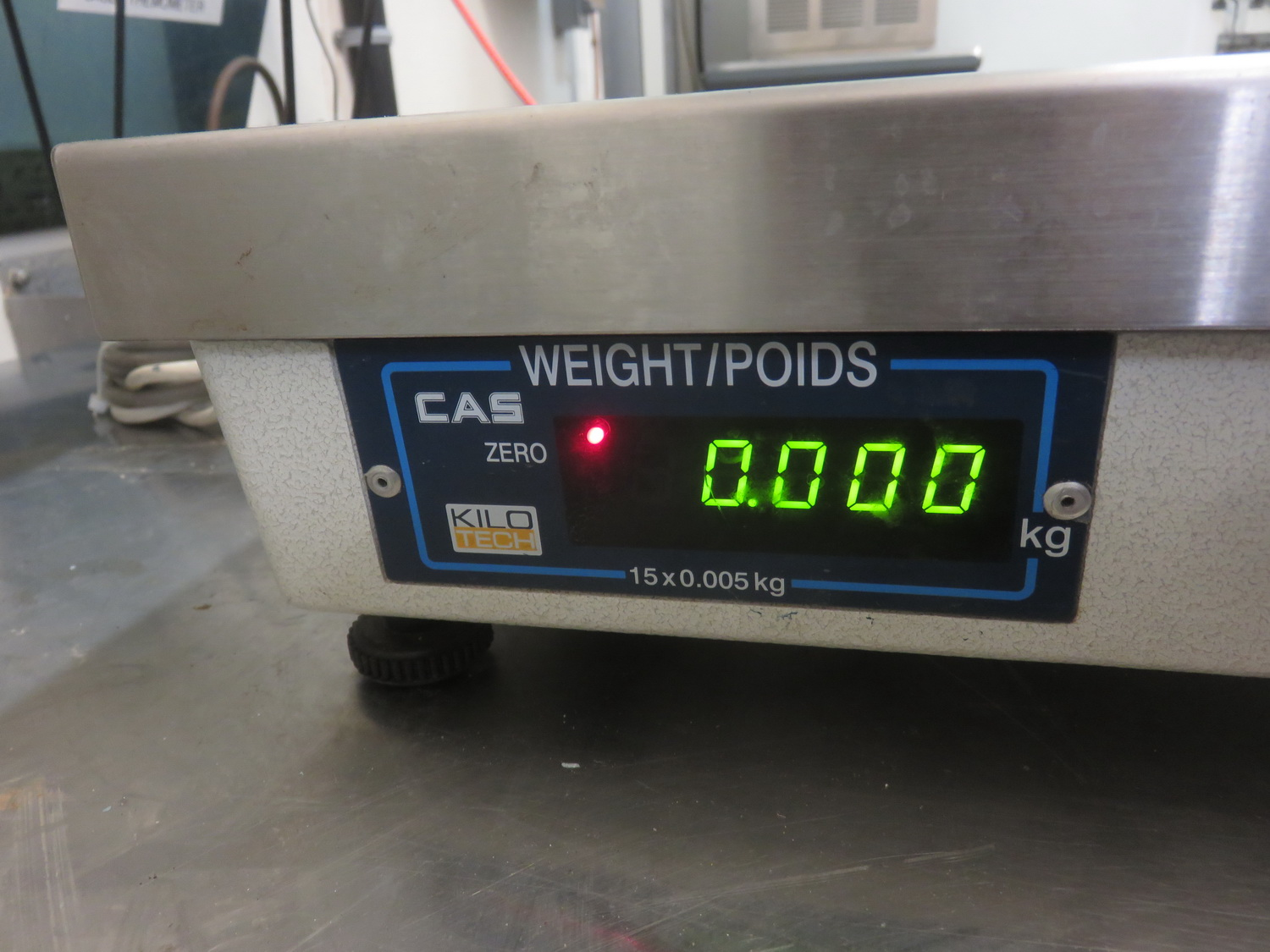 "KILOTECH PD-1 15KG 14.5"" X 13"" DIGITAL SCALE - Image 2 of 2"