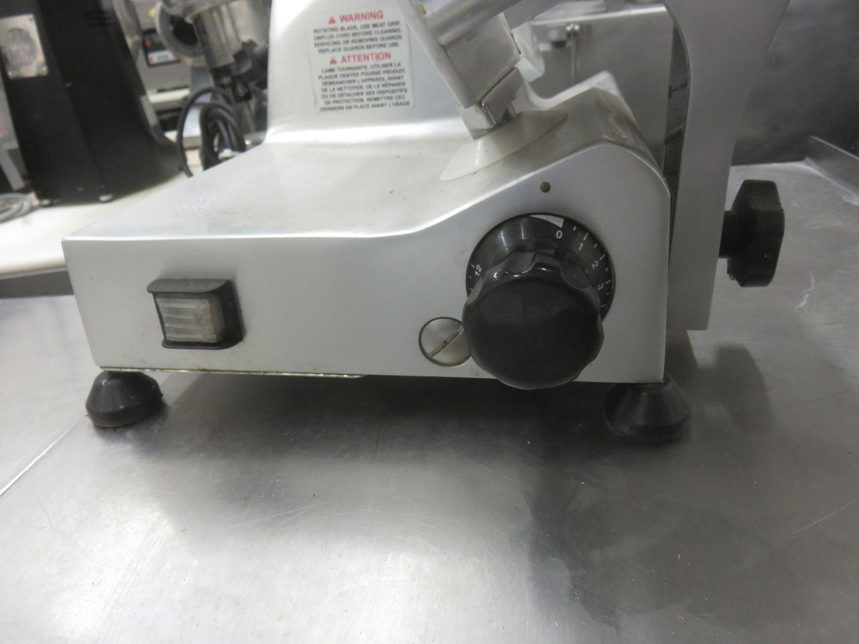 OMCAN S220AF ELECTRIC MEAT SLICER - Image 2 of 2