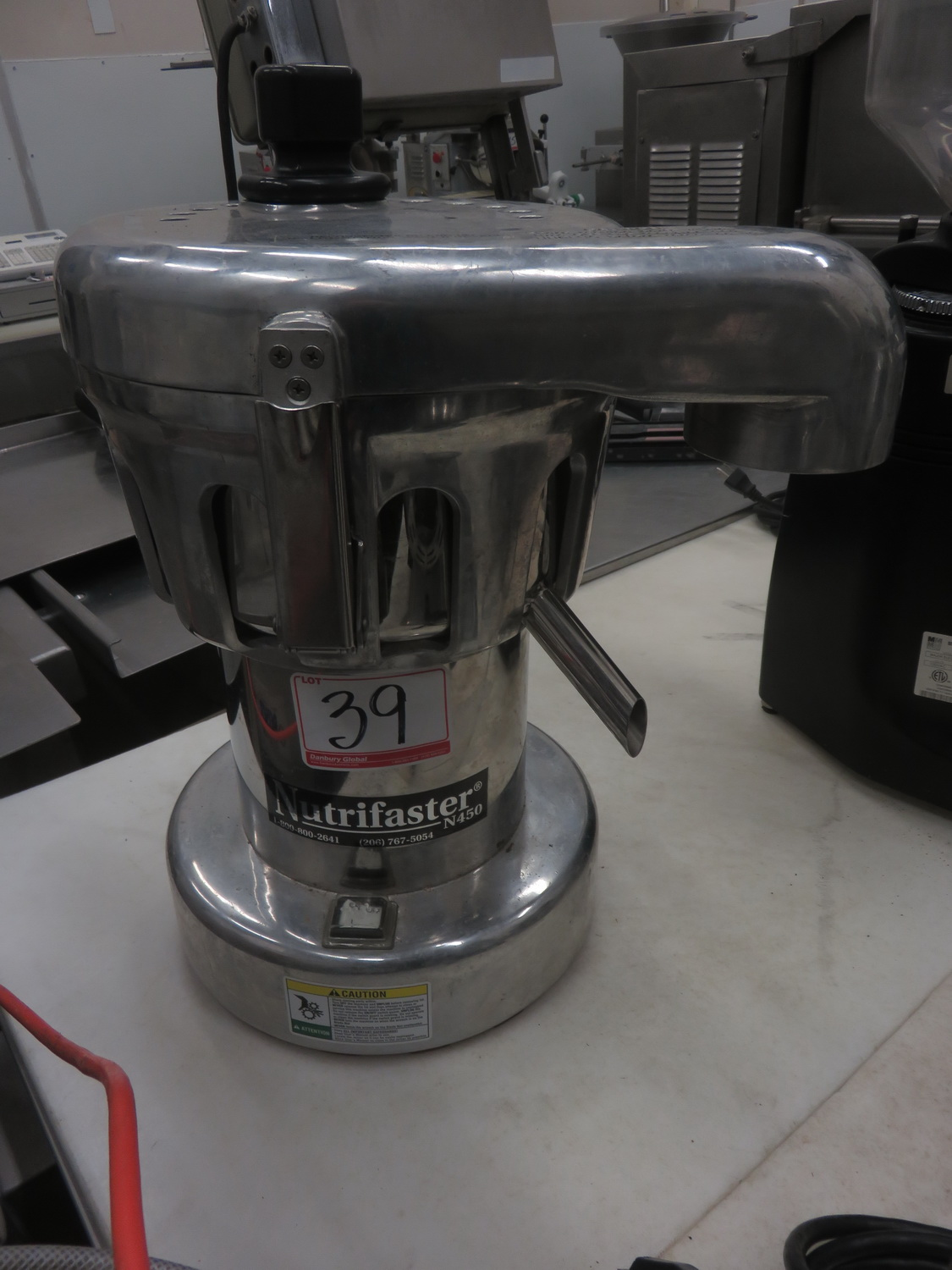NUTRIFASTER N450 TABLE TOP JUICER - Image 2 of 2