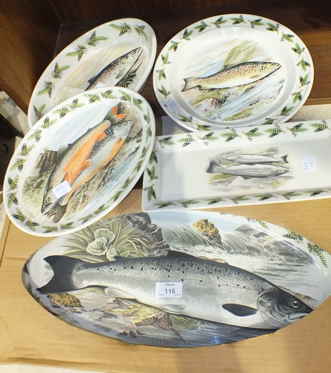 Lot 116 - Five pieces of Portmeirion The Complete Angler, British Fishes decorative wares: two shallow oval