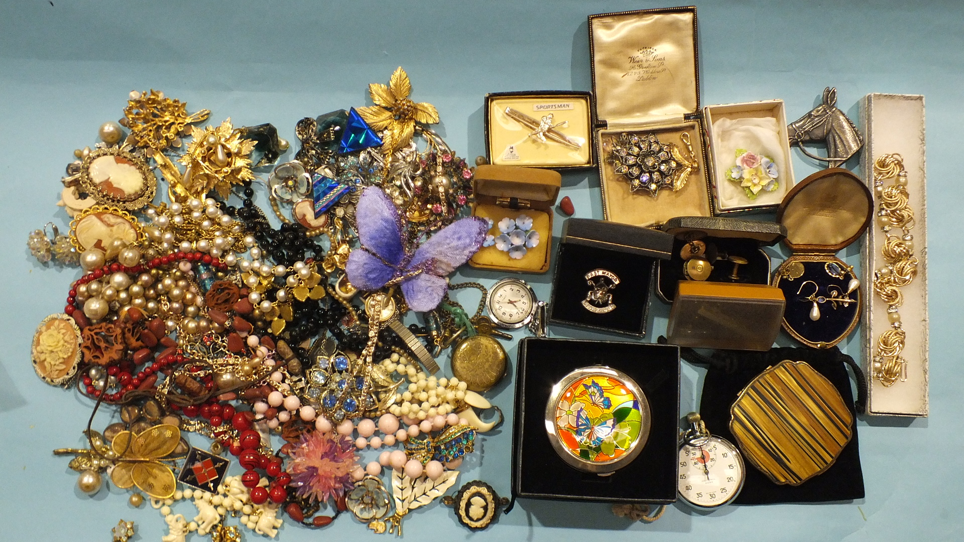 Lot 195 - A quantity of costume jewellery and watches.