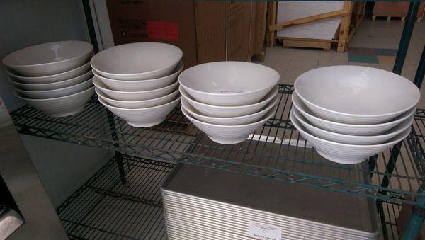 Lot 5 - 18 Large Salad Bowls