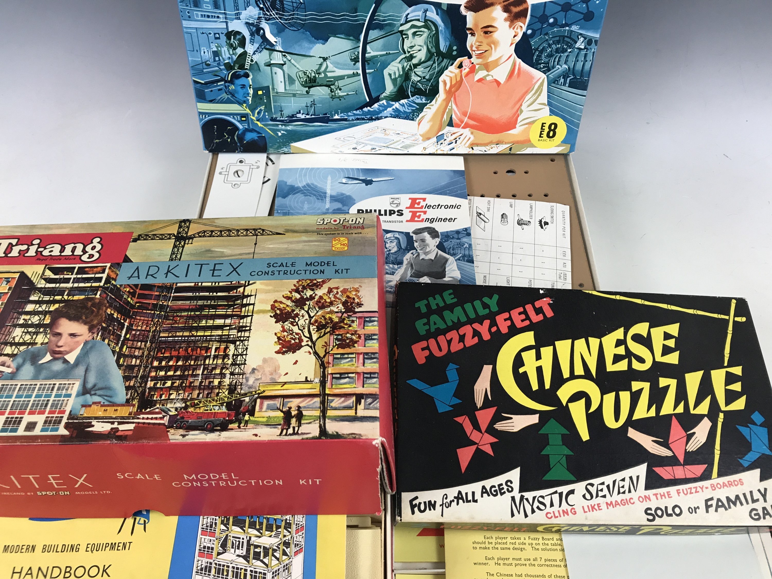 Lot 56 - Three 1950s / 1960s board games, including a Philips Electronic Engineer EE8 Basic Kit, a Tri-ang OO