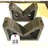 "8.750"" Length x 6.250""H x 2.750""D x 6.750"" Cast Iron V-Block Set"