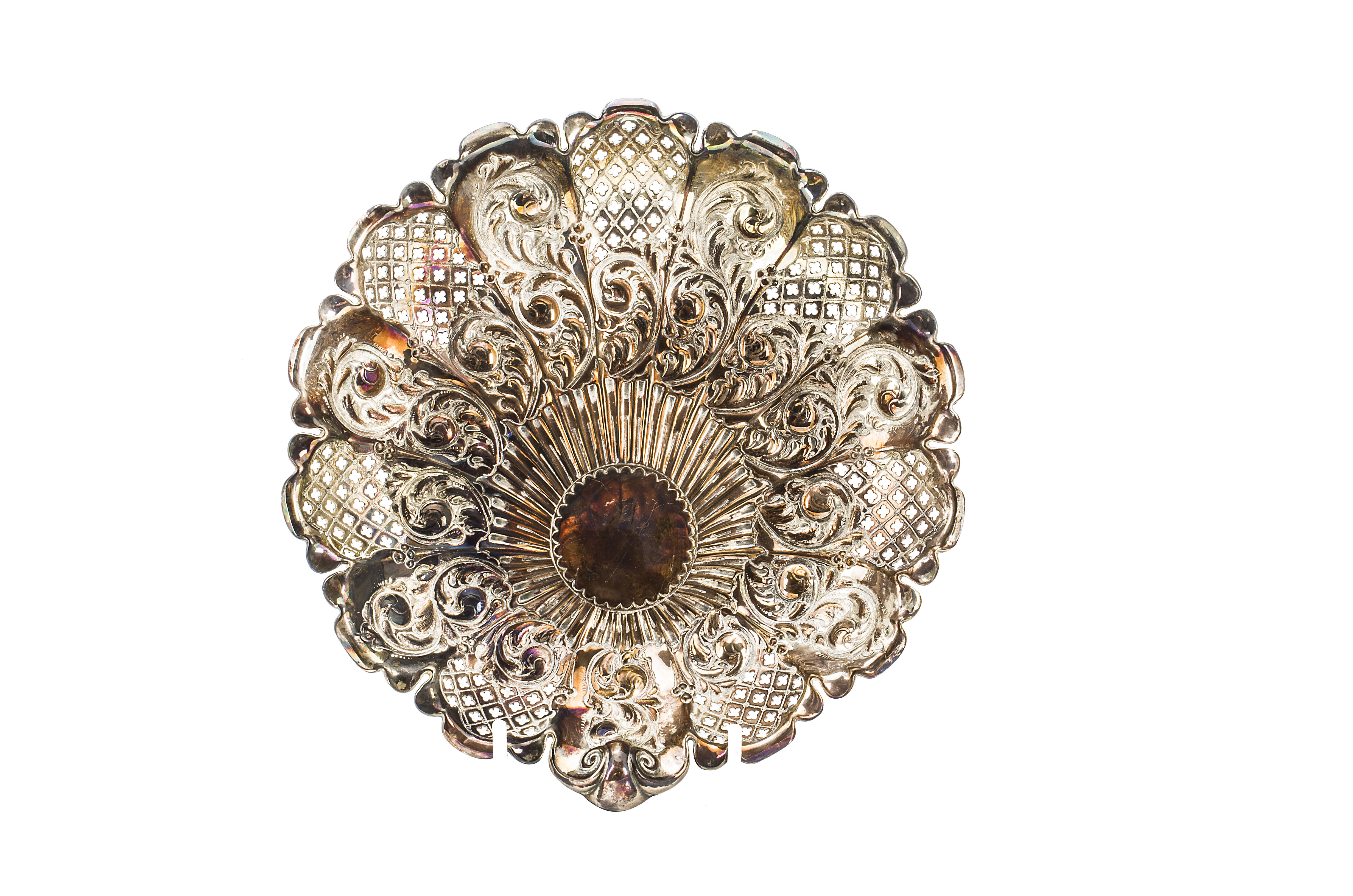 Lot 10 - A late Victorian silver dish by James Dixon & Sons, Sheffield 1898, circular with shaped rim and