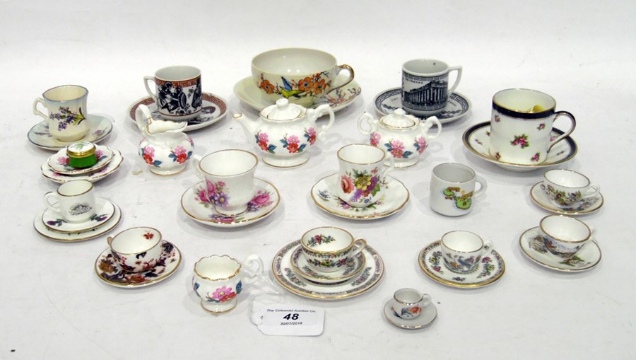 Collection of English and continental doll's porcelain tea sets, late 19th/early 20th century,