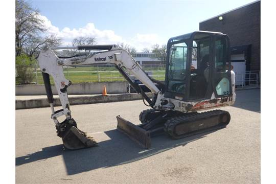 Bobcat Mini Excavator Model 331 S/N232513579 10 ft , 40 HP