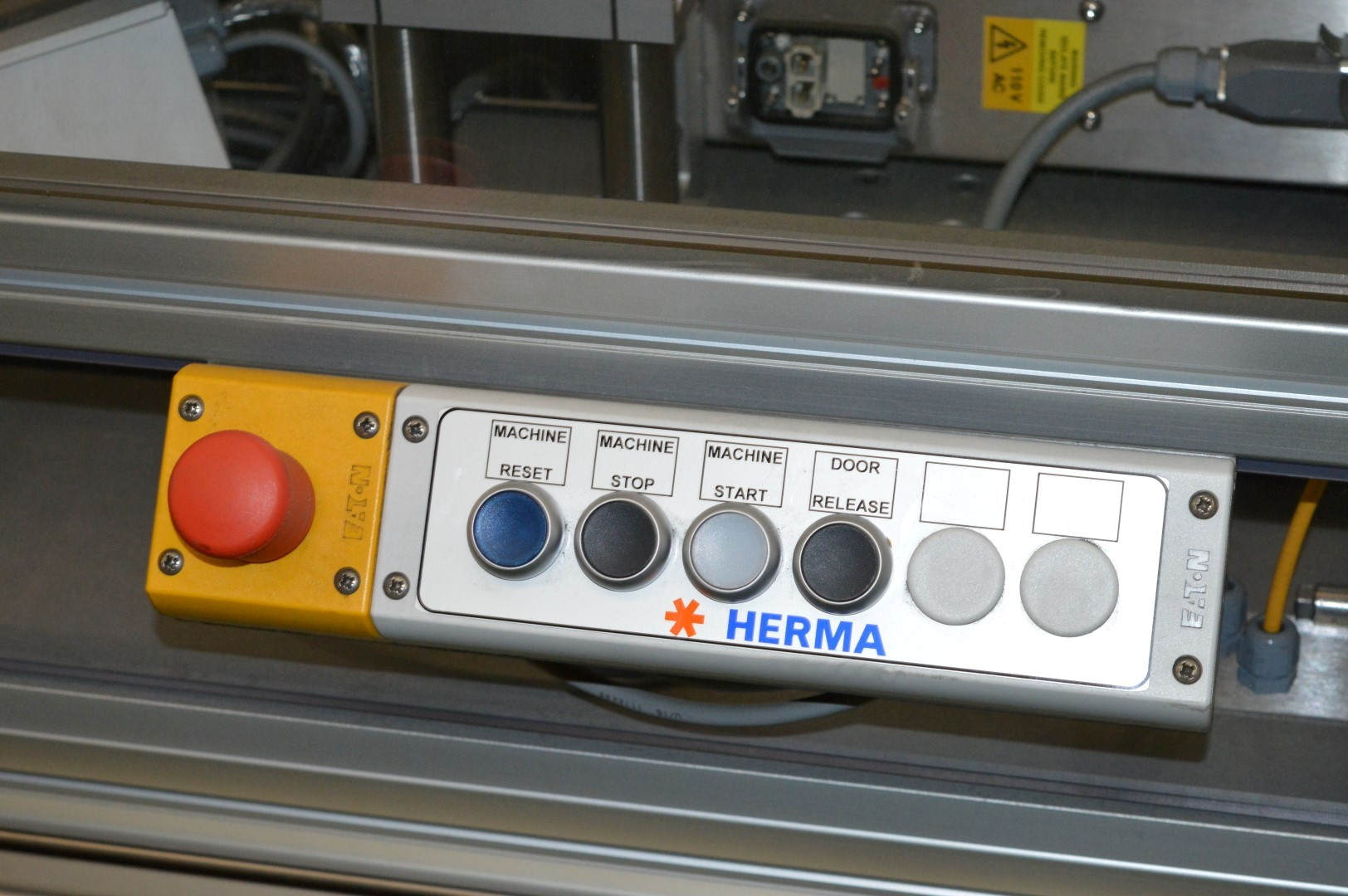 Lot 10 - 1 x Herma Infrared Label Applicating Heat Tunnel - Manufactured in 2015 - Designed For Applying
