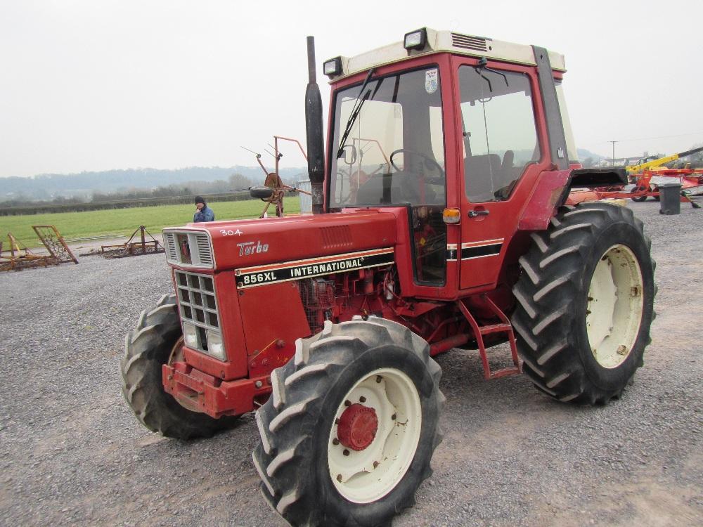 international 856 xl tractor. Black Bedroom Furniture Sets. Home Design Ideas