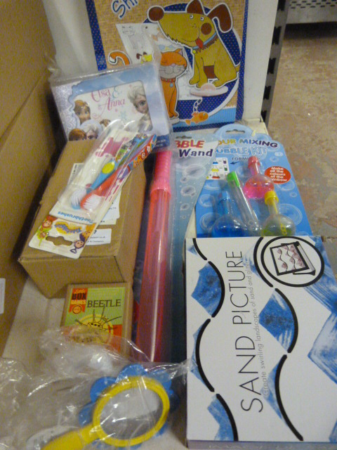 Lot 127 - *Quantity of Toys & Games