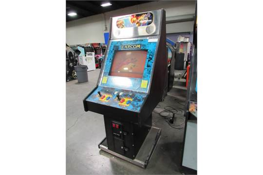 Streetfighter Alpha 2 Big Cab Arcade Game Item Is In Used