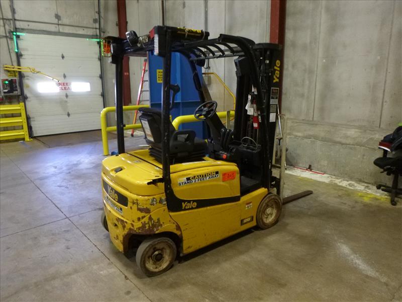 Yale fork lift truck, mod. ERP040VFN48TE082, ser. no. A955N03067P, 48V electric, 3700 lbs cap., - Image 2 of 4