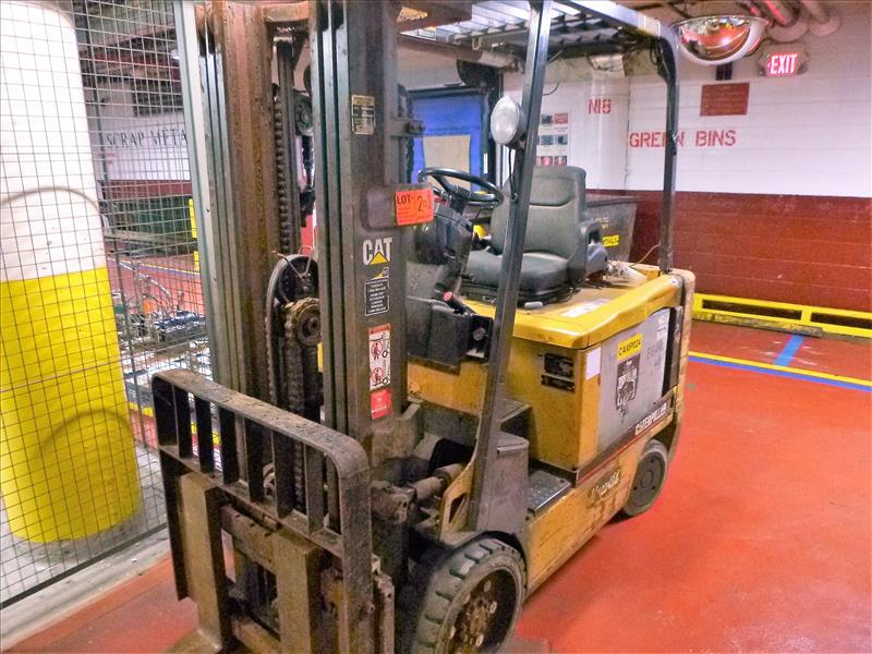Caterpillar fork lift truck, mod. EC30K, ser. no. A3EC310283, 48V electric, 5650 lbs cap., 188 in.