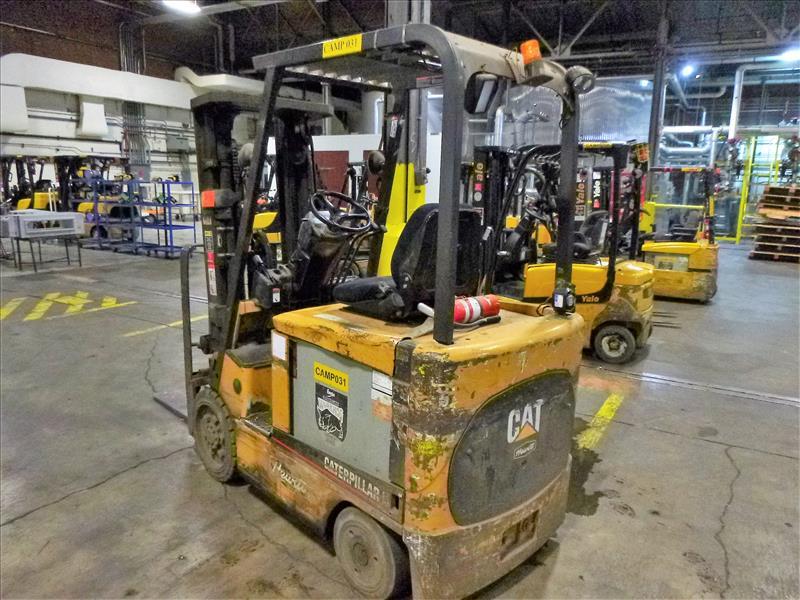 Caterpillar fork lift truck, mod. EC25K, ser. no. A3EC230476, 48V electric, 4450 lbs cap., 188 in. - Image 2 of 4