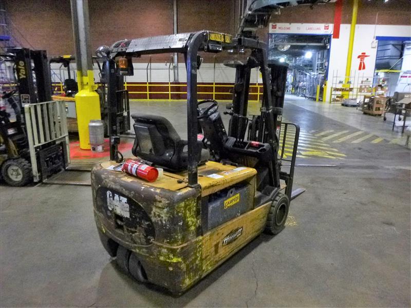 Caterpillar fork lift truck, mod. EC20KT, ser. no. ETB5A50660, 48V electric, 3750 lbs cap., 159 - Image 2 of 4