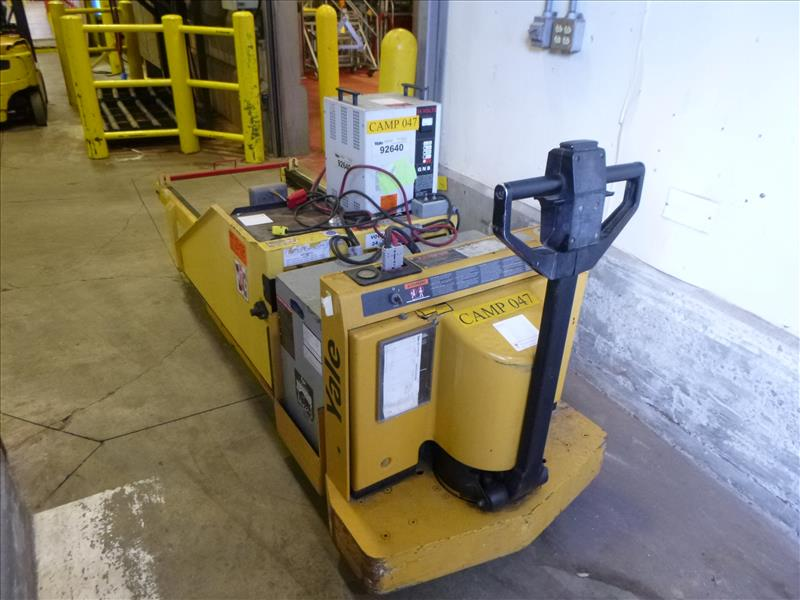 Yale walk-behind pallet truck, mod. MPW060LNC24T2748, ser. no. A838N09464X, 24V electric, 6000 lbs - Image 2 of 4
