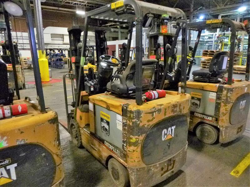 Caterpillar fork lift truck, mod. EC25K, ser. no. A3EC230462, 48V electric, 4450 lbs cap., 188 in. - Image 2 of 4