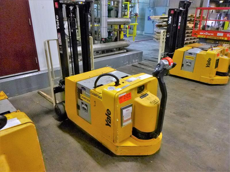 Yale walk-behind fork lift truck, mod. MCW030LEN24TV072, ser. no. C819N02988P, 24V electric, 3000