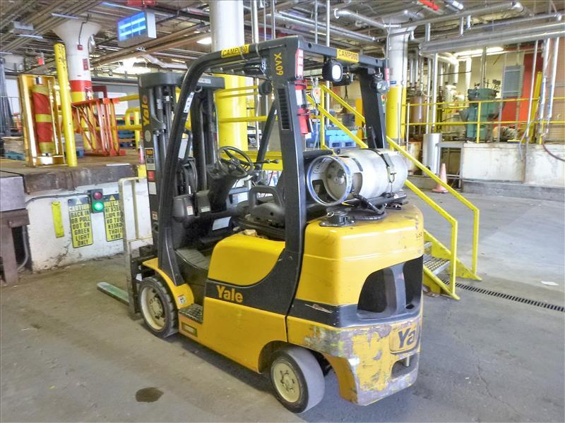 Yale fork lift truck, mod. GLC060VXNDSE085, ser. no. C910V01883N, LPG, 5500 lbs cap., 181 in. lift - Image 2 of 4