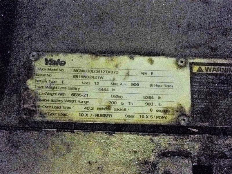 Yale walk-behind fork lift truck, mod. MCW030LCN12TV072, ser. no. B819N02421W, 12V electric, 3000 - Image 3 of 3