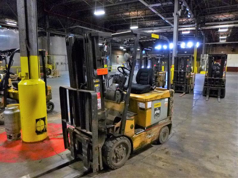 Caterpillar fork lift truck, mod. EC25K, ser. no. A3EC230476, 48V electric, 4450 lbs cap., 188 in.