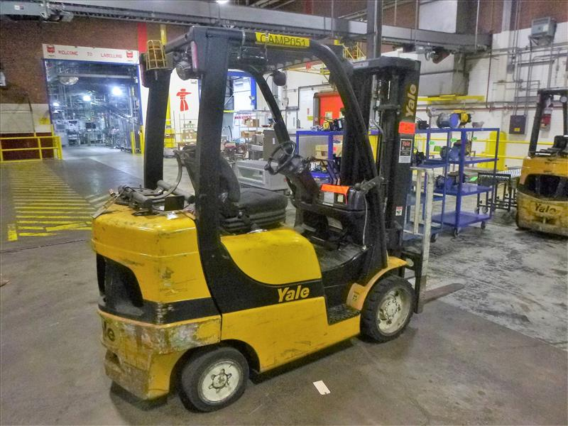 Yale fork lift truck, mod. GLC060VXNSEE085, ser. no. A910V14300G, LPG, 5500 lbs cap., 181 in. lift - Image 2 of 4