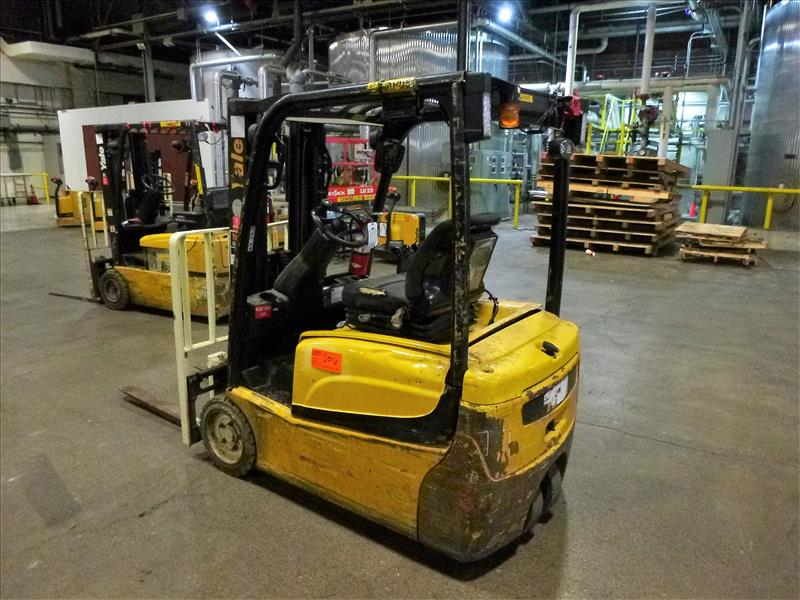 Yale fork lift truck, mod. ERP040VTN48TE076, ser. no. ???, 48V electric, 3800 lbs cap., 169 in. lift - Image 2 of 4
