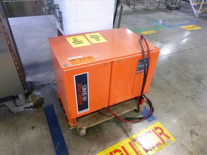 FerroFive battery charger, 24V [Material Handling]