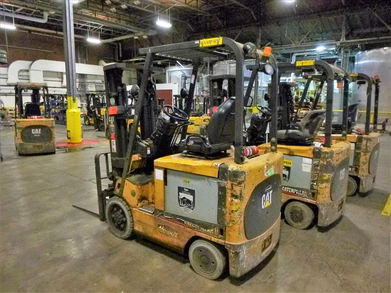 Caterpillar fork lift truck, mod. EC25K, ser. no. A3EC230463, 48V electric, 4450 lbs cap., 188 in. - Image 2 of 4