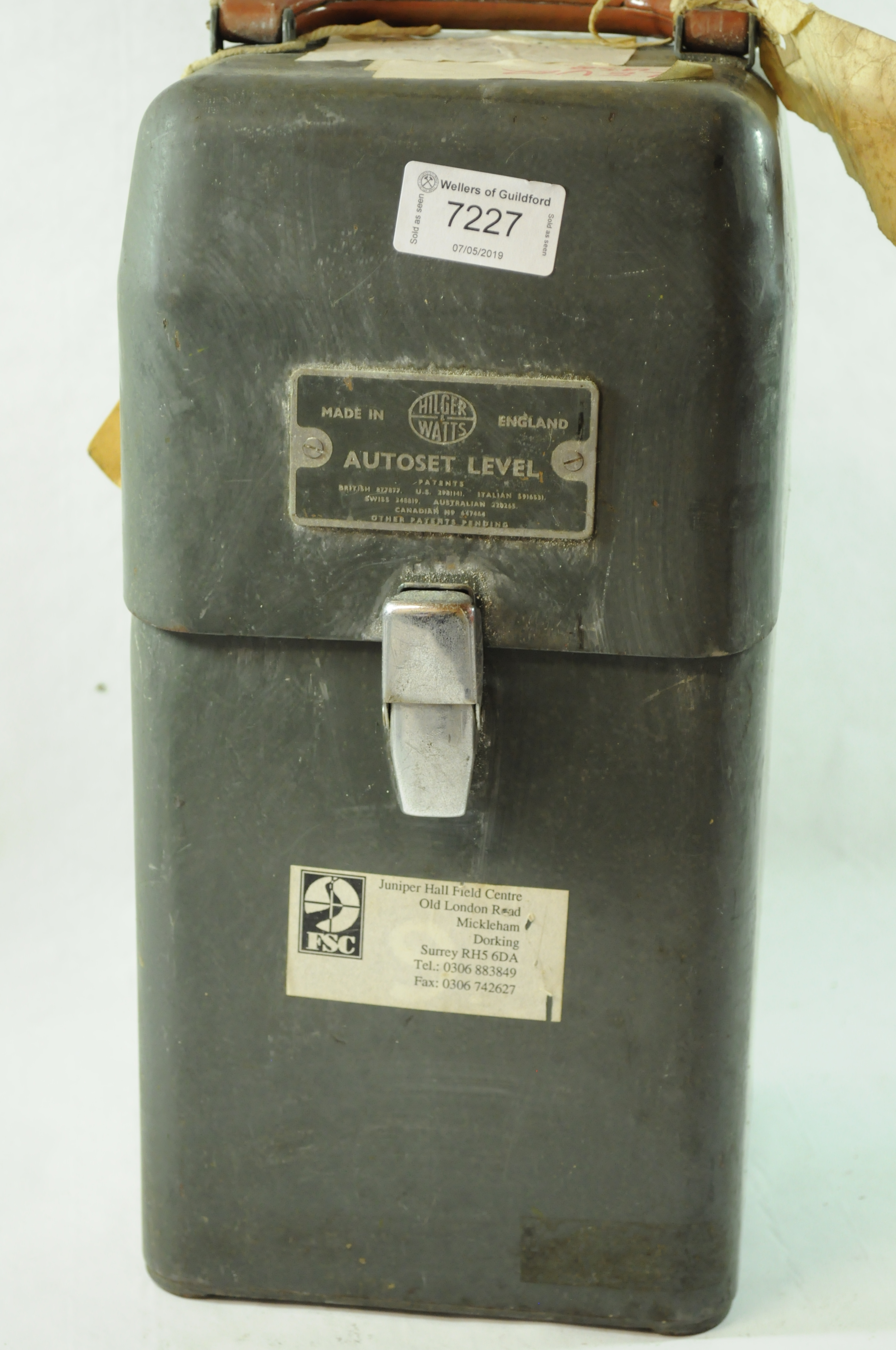 Lot 7437 - *Hilger & Watts autoset level in original green box.