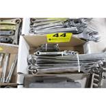 ASSORTED COMBINATION WRENCHES IN BOX