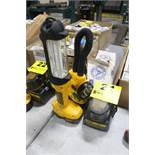 DEWALT MODEL DC527 18V FLUORESCENT AREA LIGHT AND DW919 LAMP WITH (3) BATTERIES AND CHARGER
