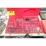 DAYTON MODEL 1A520 HIGH SPEED STEEL TAP & DIE SET, IN CASE