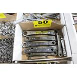 ASSORTED CRAFTSMAN RATCHET WRENCHES IN BOX