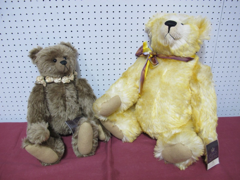 Lot 21 - Two Modern Teddy Bears by The Cotswold Bear Co, 'The Artist Gallery' Jupiter by G. Gyllenship No. 34