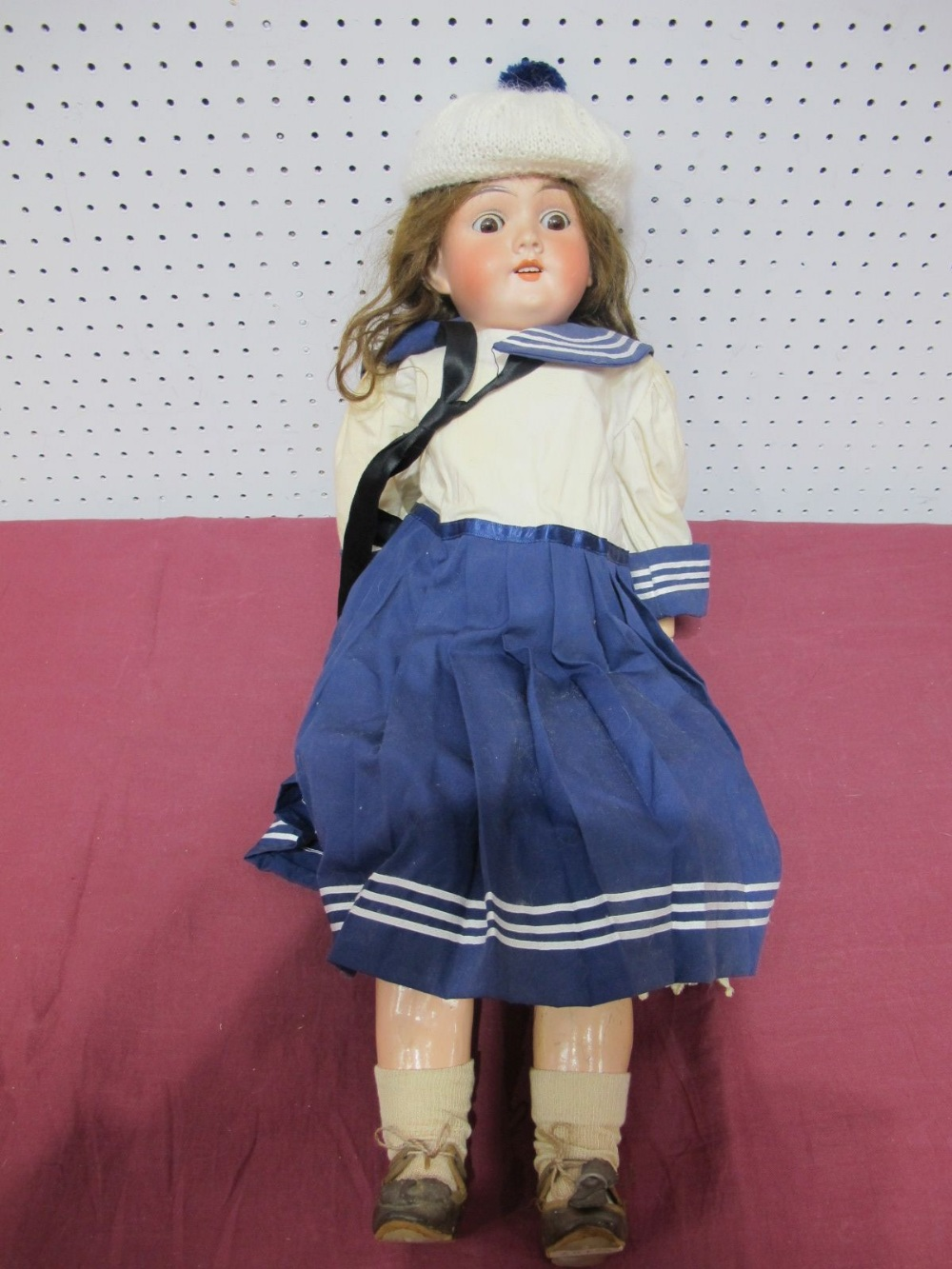 Lot 22 - An Early XX Century Bisque Headed Doll by Max Handwerck of Germany, head stamped 283/285. Sleepy