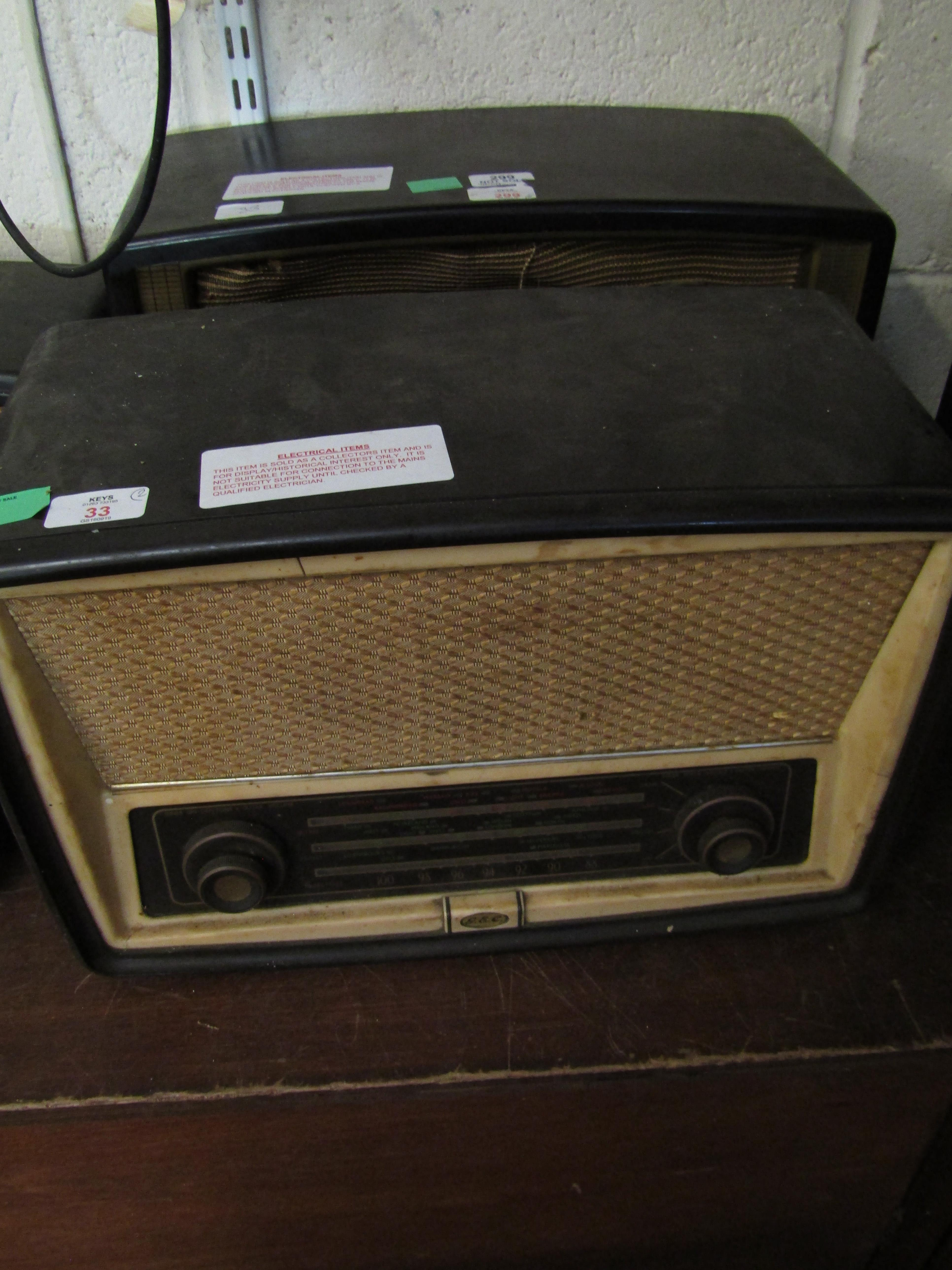 Lot 33 - MIXED LOT: COMPRISING TWO VARIOUS BAKELITE CASED RADIOS, THE FIRST MURPHY RADIO LTD, AC MAINS