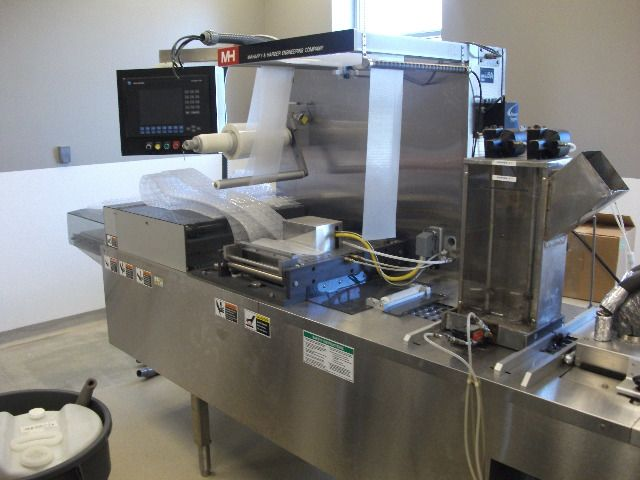 Mafaffy Horizontal Tray Former/Blister Sealer/Form Fill Seal Machine - Image 7 of 18