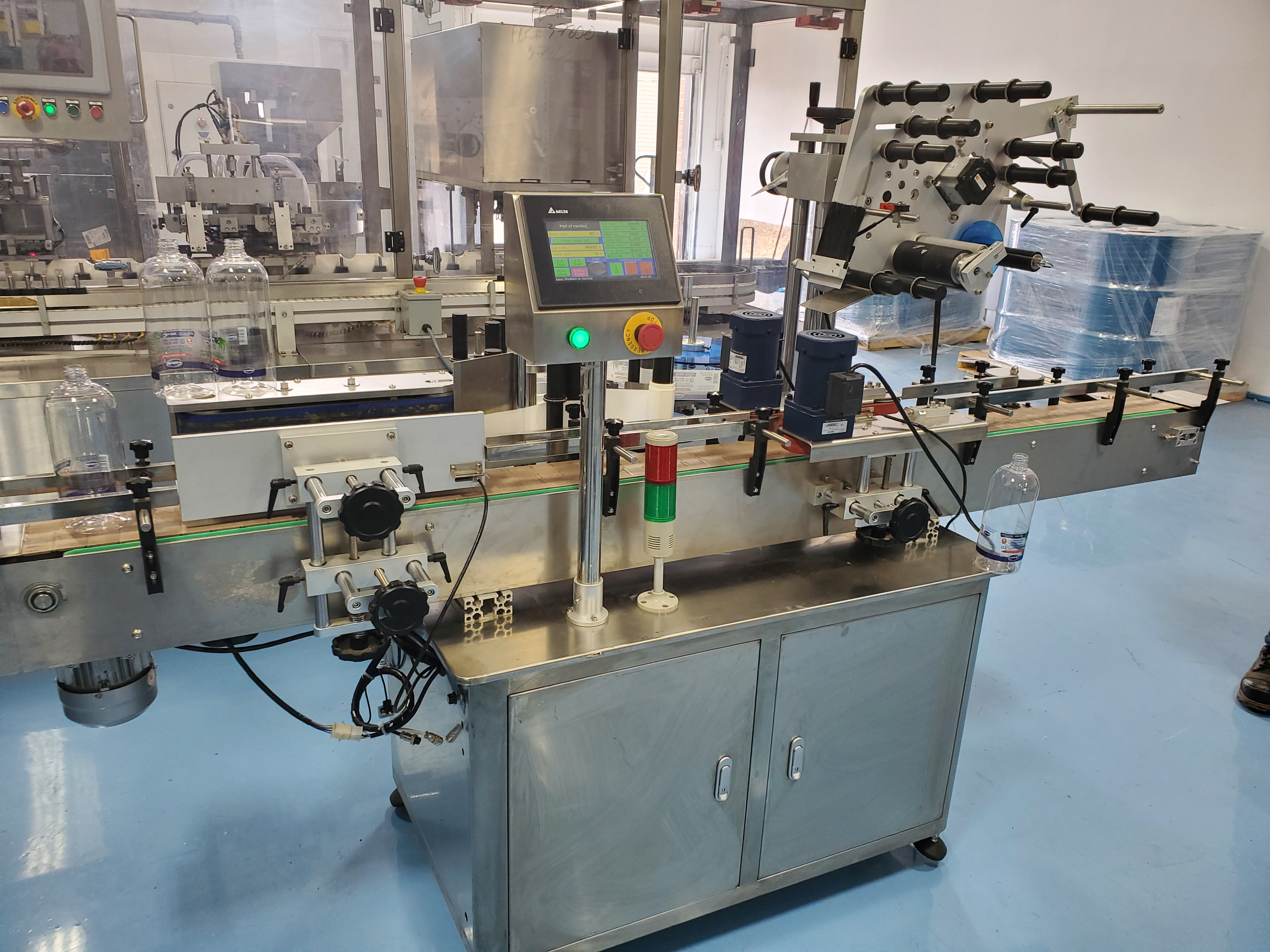 Grepack Packing Machine Integrated Wrap Around and Top Down Labeler with Conveyor - Image 2 of 8