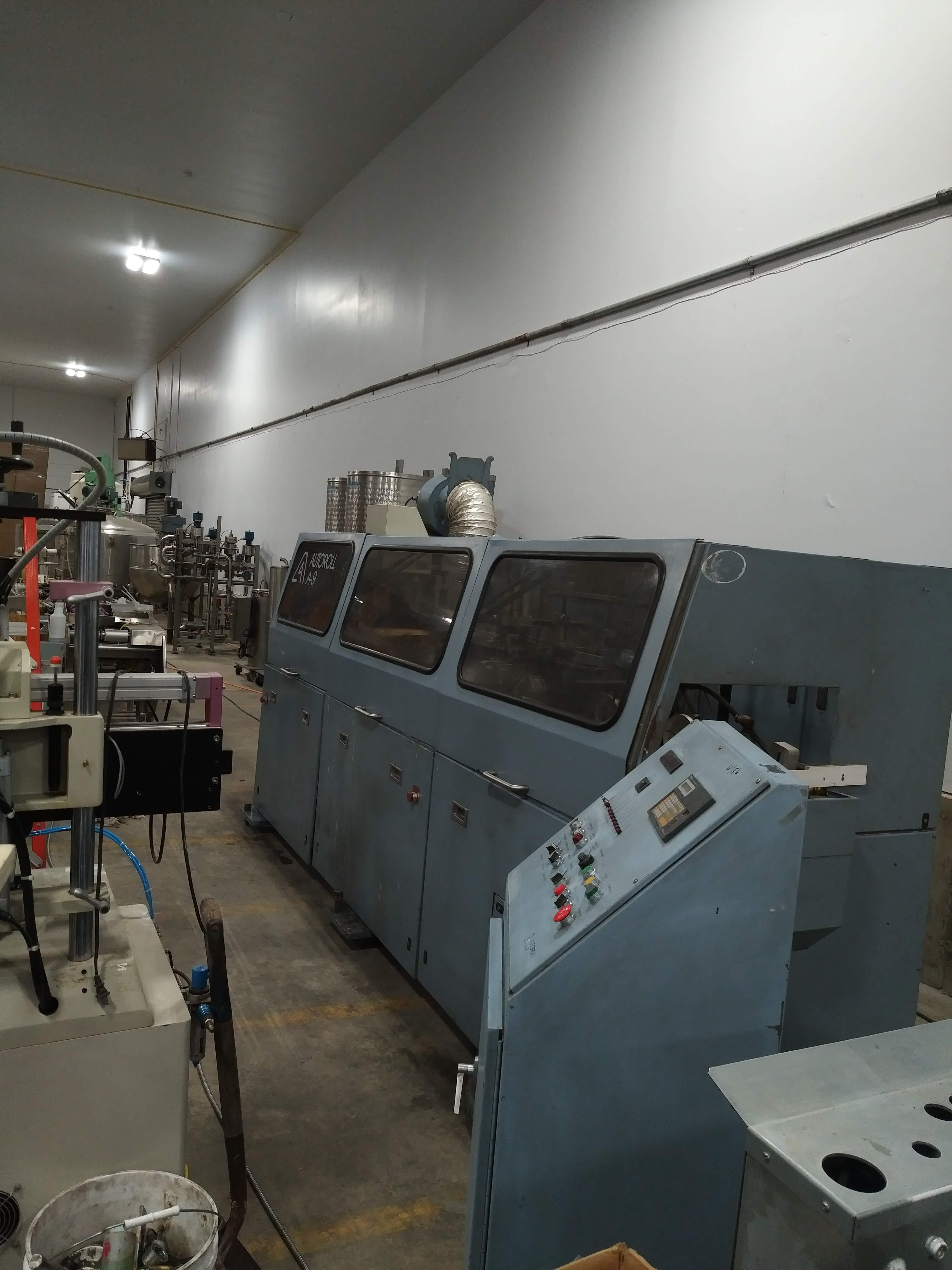 AutoRoll Model A9 /1- Color, Automatic, UV, Bottle Printer
