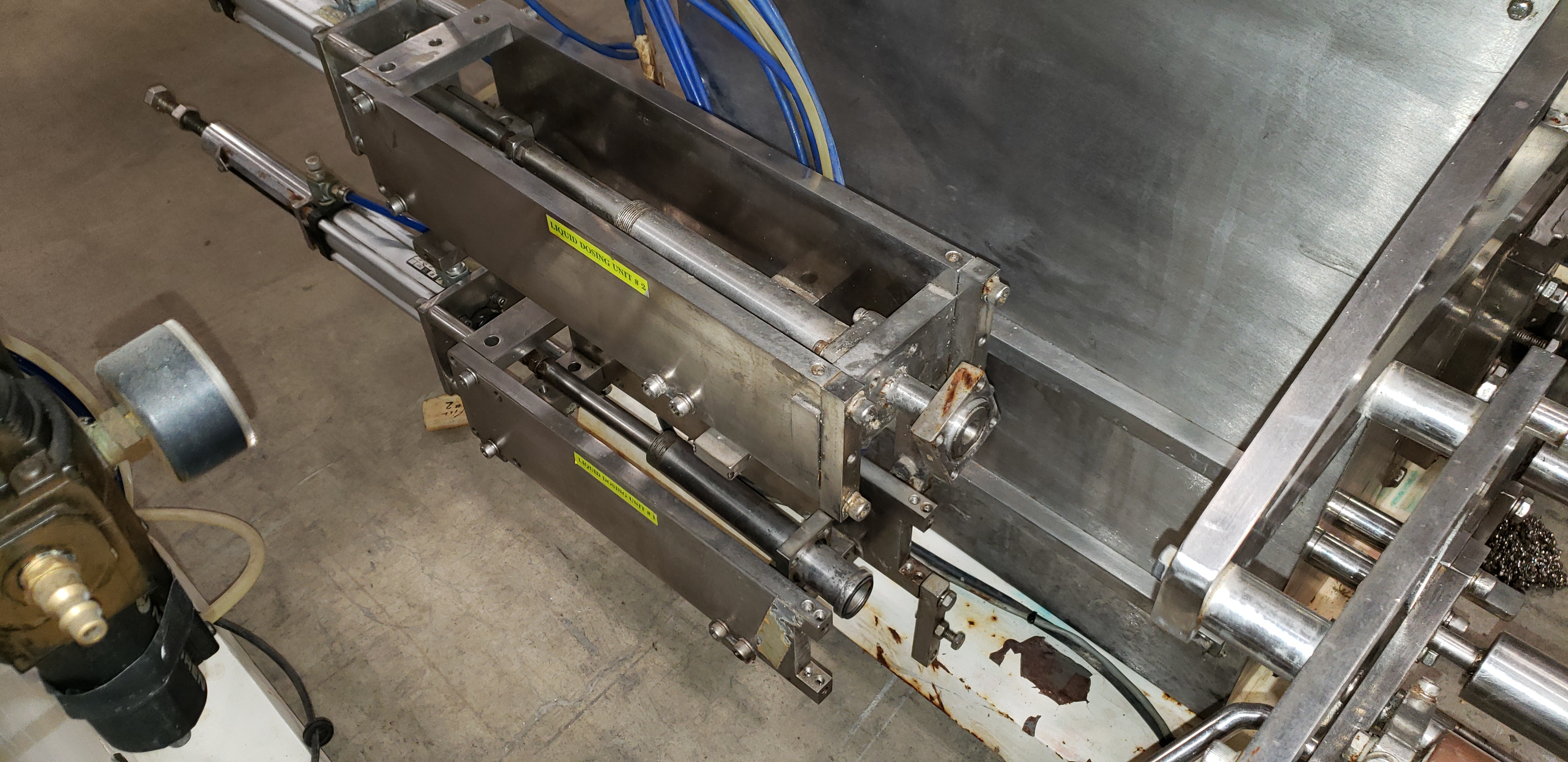 SAVPAK VERTICAL FORM FILL & SEAL MACHINE - Image 10 of 19