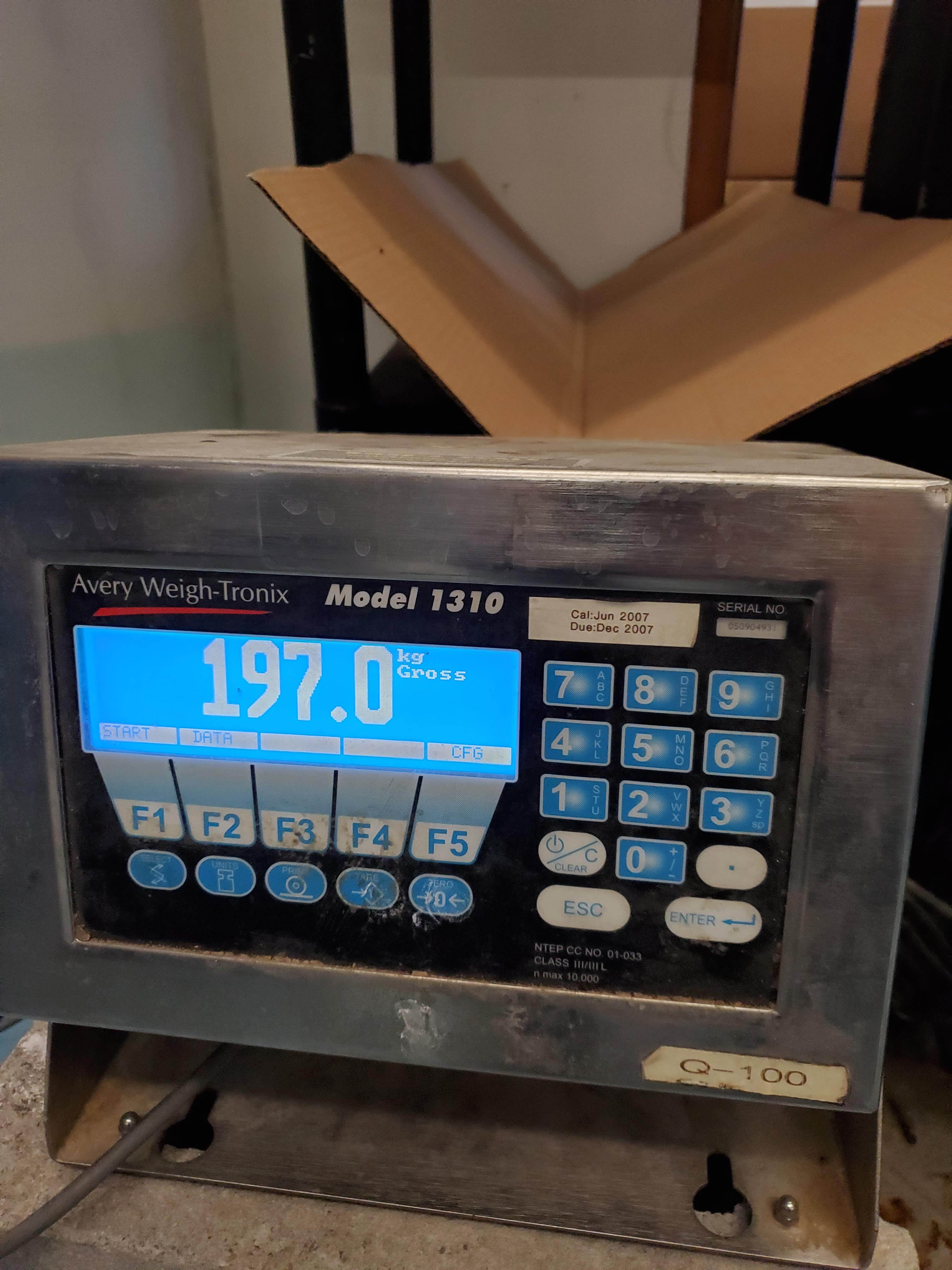 "Avery Weigh-tronix Platform Scale with ramp, 5000 lbs capacity, 48"" x 48"" platform"