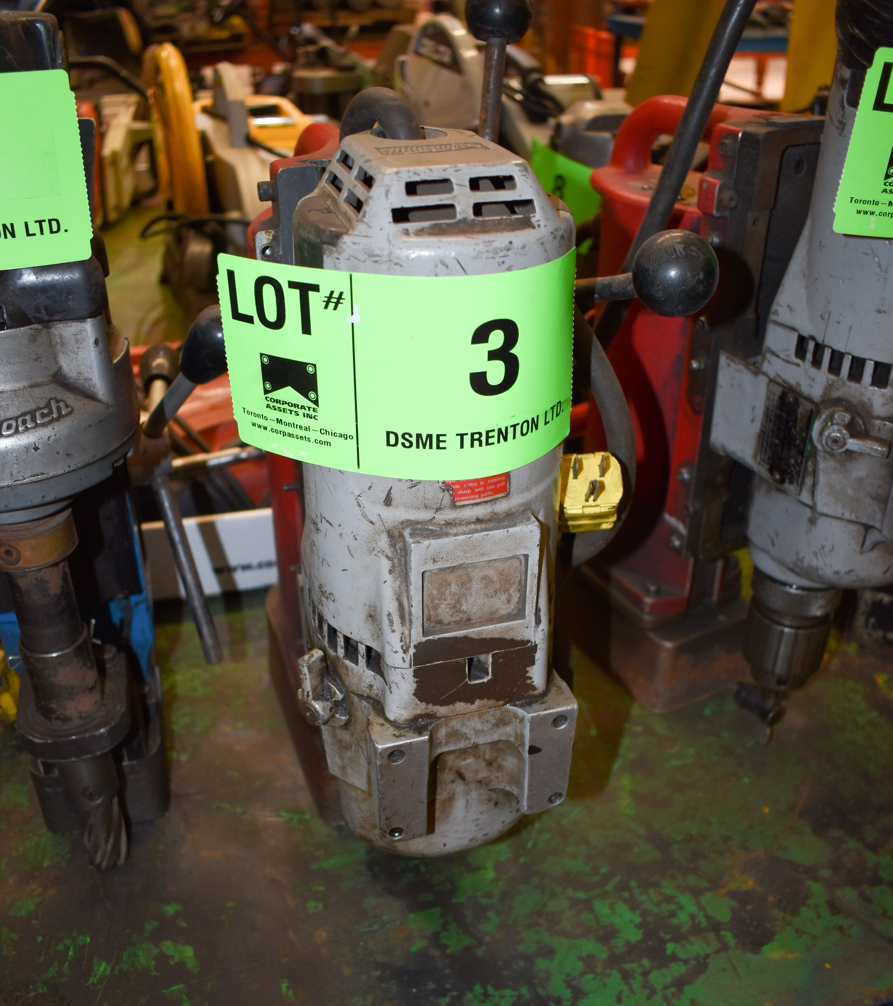 Lot 3 - MILWAUKEE MAGNETIC BASE DRILL