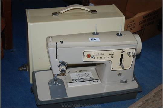 A Singer 40 Electric Sewing Machine Foot Pedal And Lead Absent Cool Singer 447 Sewing Machine