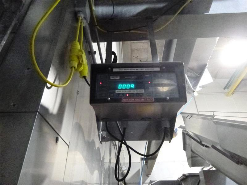 s/s screw conveyor w/ sides cells c/w Weigh-Tronix mod. WI-110 weigh indicator 18L c/w hopper and - Image 2 of 2
