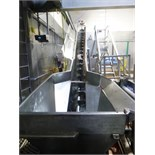 s/s screw conveyor w/ sides cells c/w Weigh-Tronix mod. WI-110 weigh indicator 18L c/w hopper and