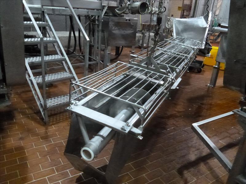 16 in. x 17 ft. L s/s screw conveyor  w/ hopper & sides