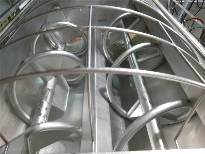 RMF hydraulic s/s dual shaft vacuum ribbon blender tubular ribbons mod. 288000 ser. no. 20267 8000 - Image 4 of 6