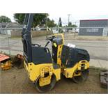 """BOMAG SELF PROPELLED ARTICULATING SMOOTH DRUM VIBRATORY PACKER, MODEL BW900-50, 36"""" DRUM, ROPS, S/"""