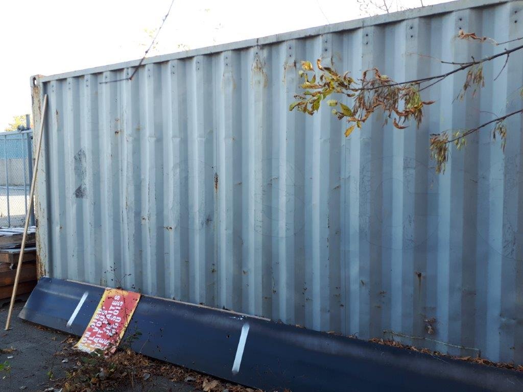 MARITIME CONTAINER, 20', C/W CONTENTS ( FOILS ROLLS, MACHINERY, TABLES, SHELVING, ETC. - Image 2 of 3